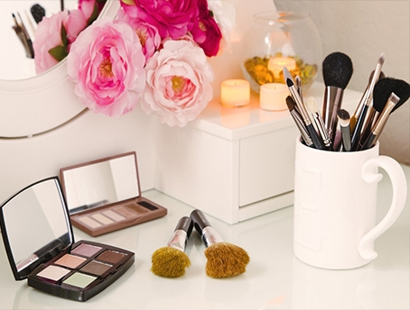 how-to-organize-your-makeup-collection-