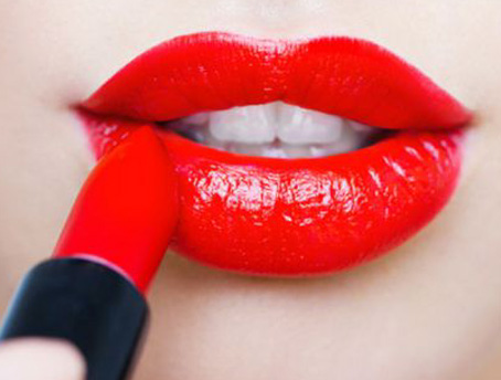 lipstick-color-trends-to-try-out-this-year